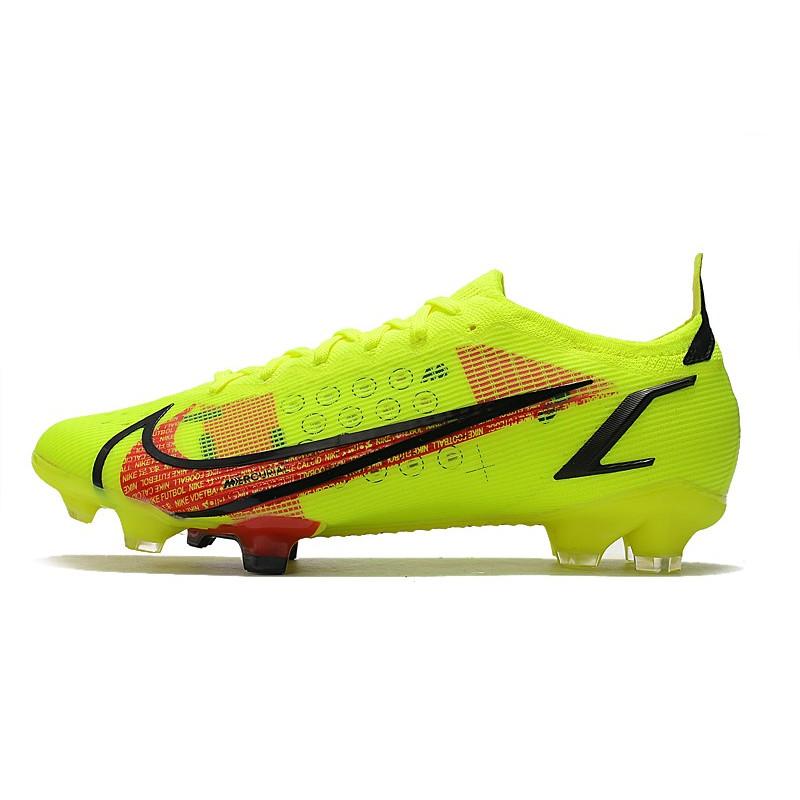 chaussures football nike hypervenom phantom fg
